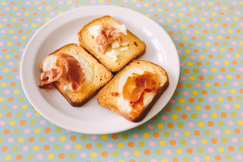 Garlic My Soul | Prosciutto Crostini