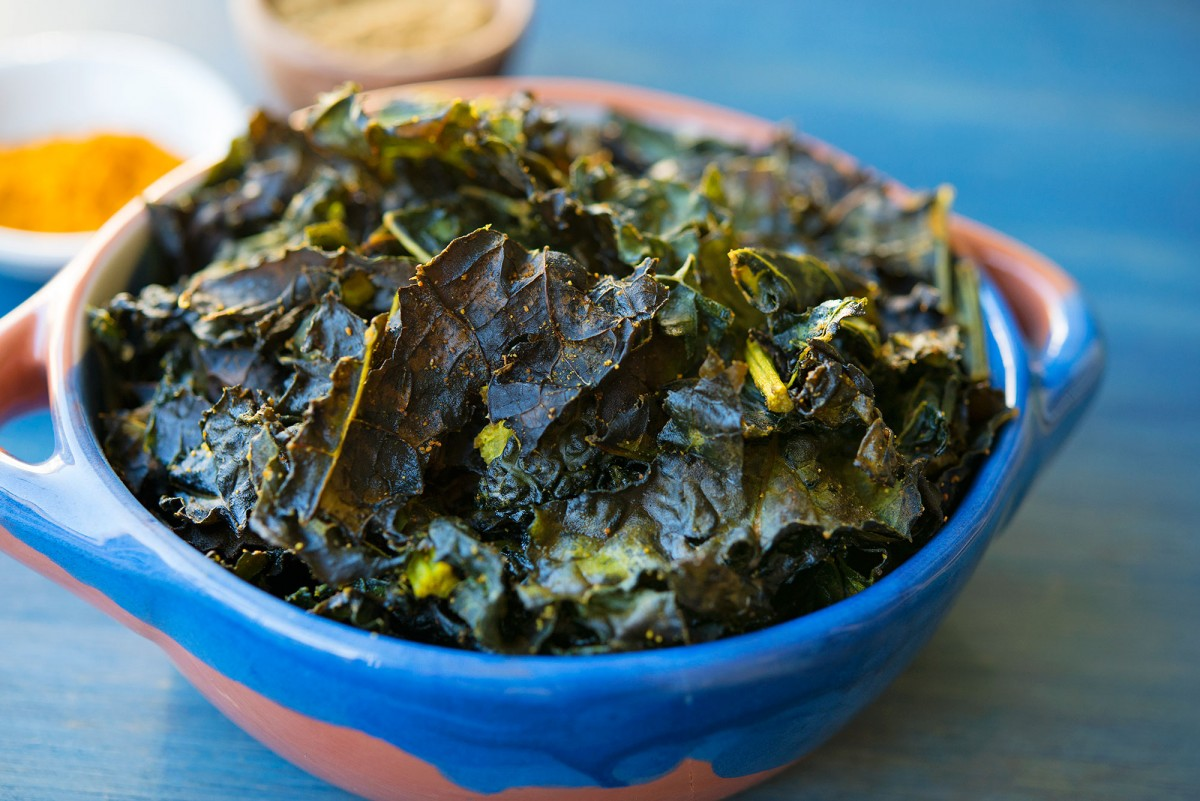 Spiced Kale Chips | Garlic, My Soul