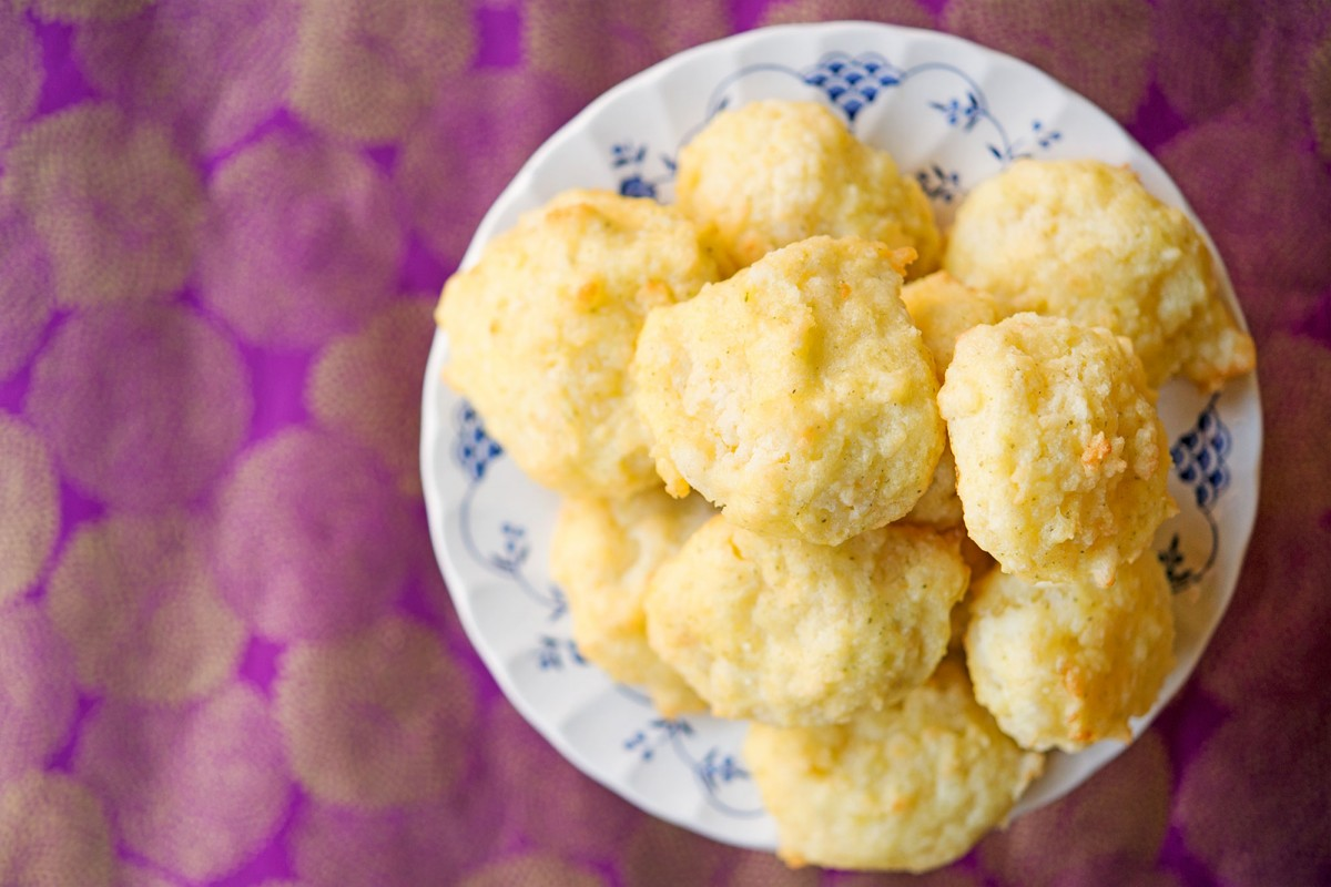 Gluten Free Cheddar Bay Biscuits | Garlic, My Soul