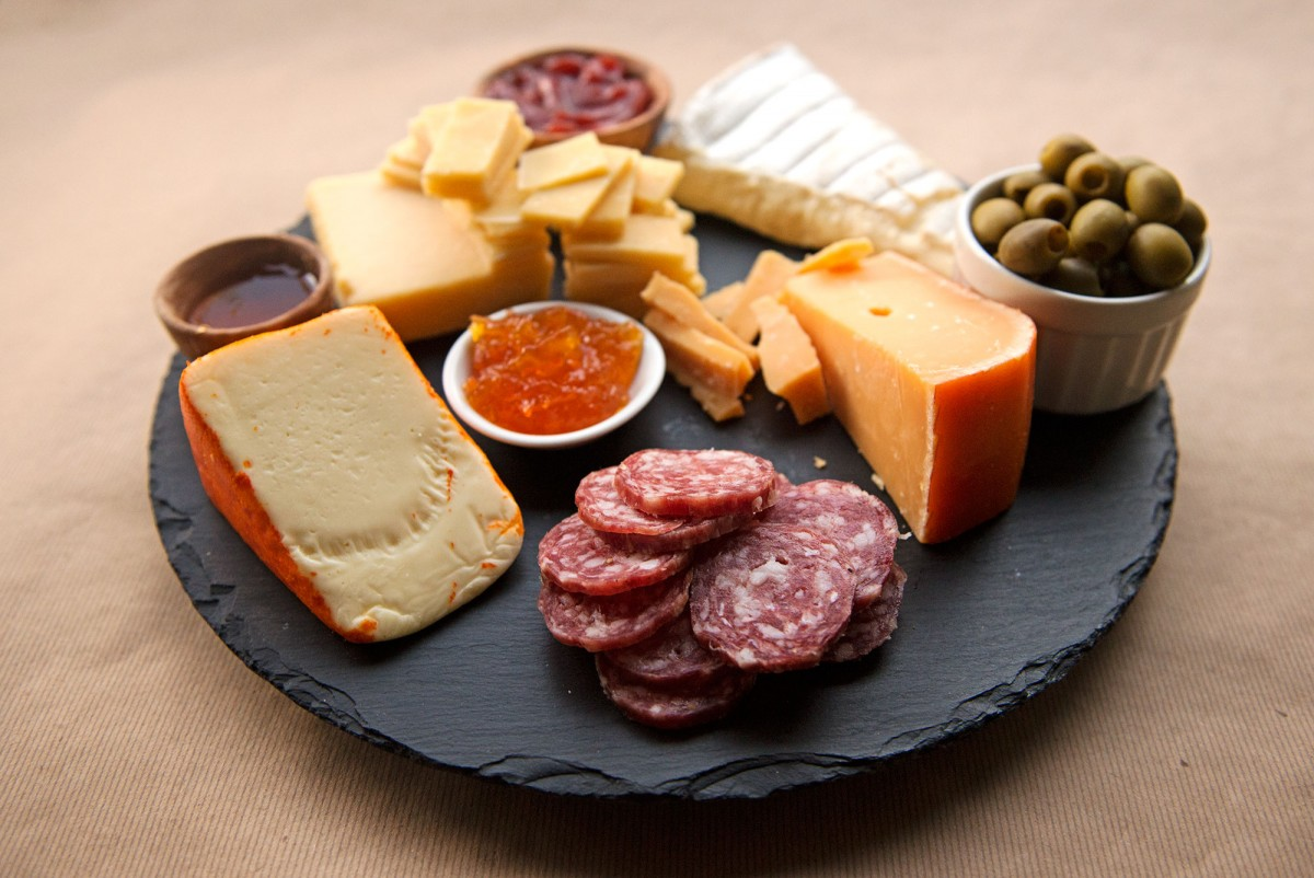 Perfect Party Cheese Plate | Garlic, My Soul