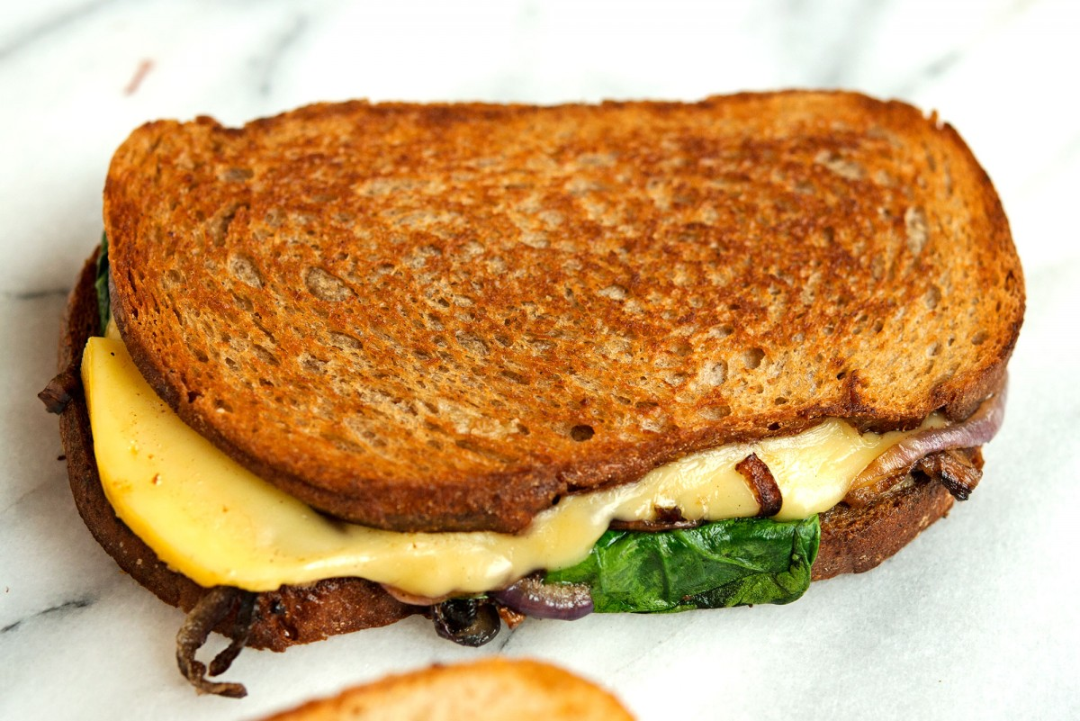 Gouda + Caramelized Onion Grilled Cheese | Garlic, My Soul