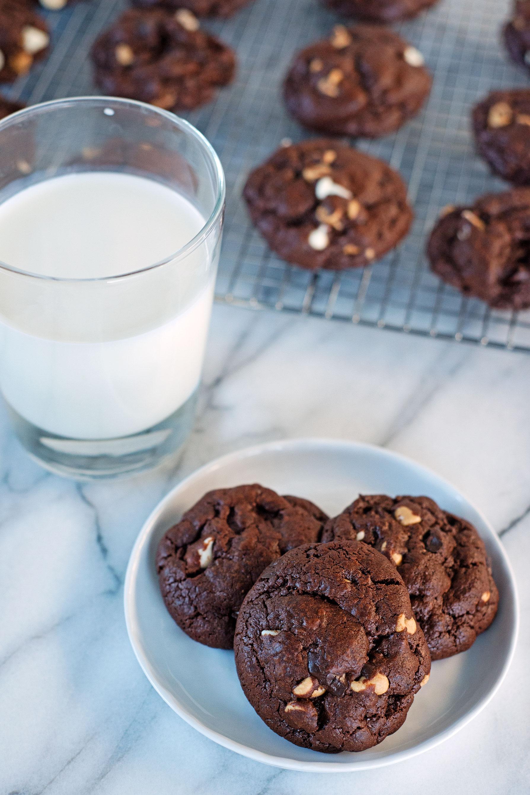 Garlic My Soul • Brownie Trip-Chip Cookies