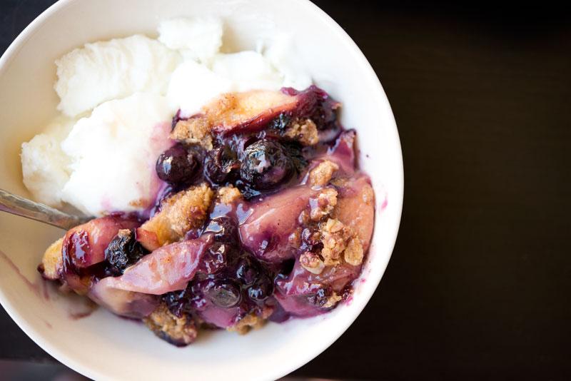 Peach and Blueberry Crisp | Garlic, My Soul