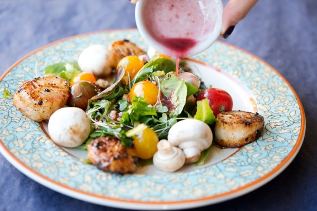 Paleo Scallop Salad | Garlic, My Soul