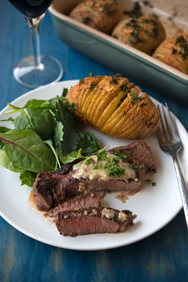 Valentine's Dinner | Steak and Potatoes | Garlic, My Soul