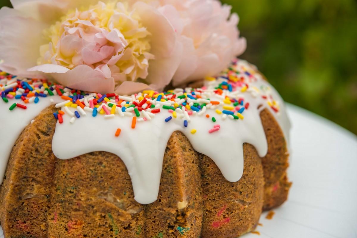 Funfetti Bundt Cake | Garlic, My Soul