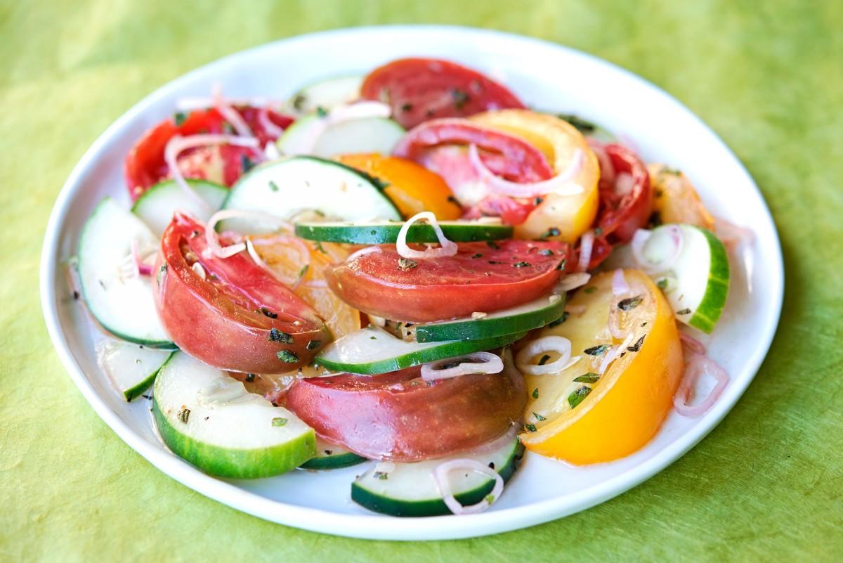 Tomato Cucumber Salad | Garlic, My Soul