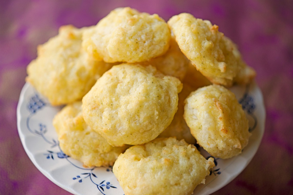 Gluten Free Cheddar Bay Biscuits | Garlic, My Soul