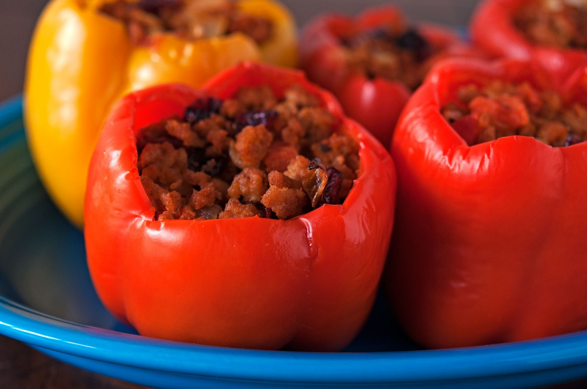 Paleo Stuffed Peppers | Garlic, My Soul