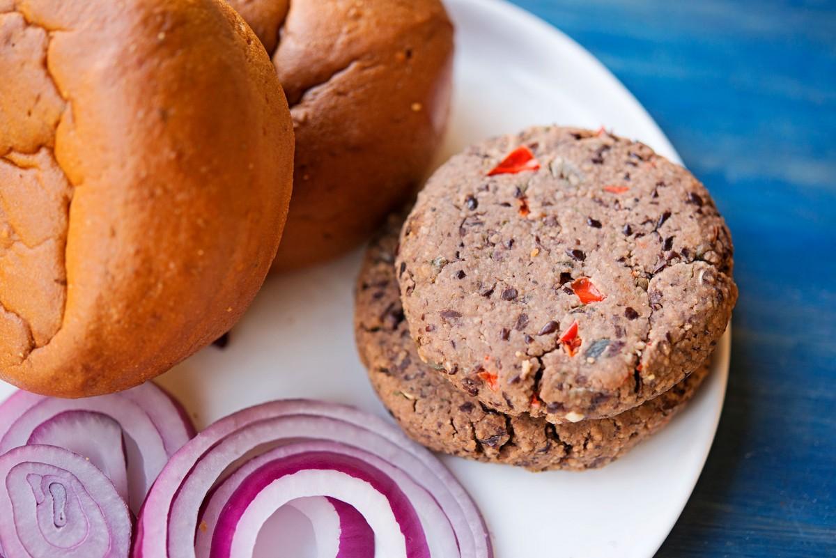 Doublemeat Palace Veggie Burgers | Garlic My Soul