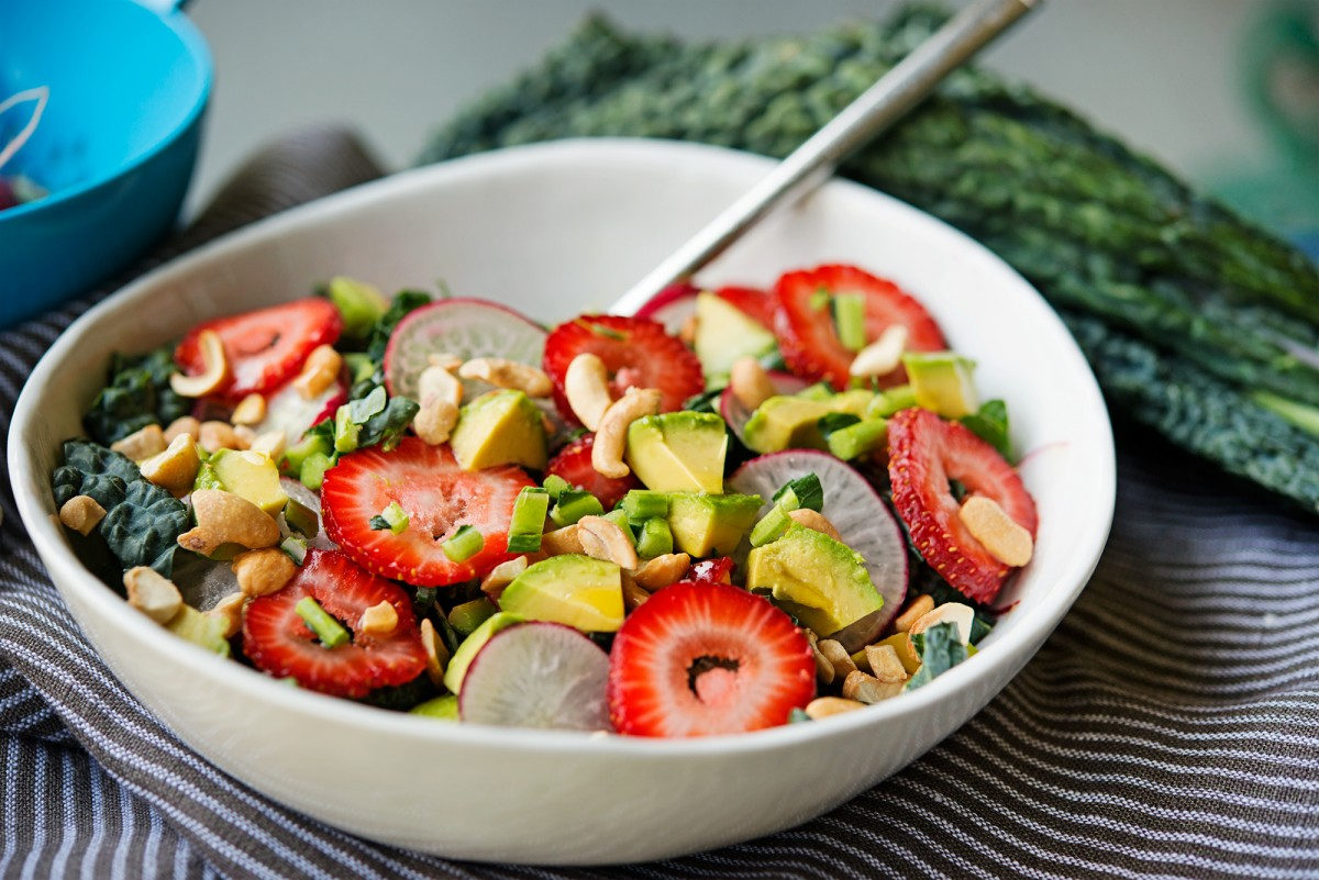 Avocado Strawberry Salad | Garlic, My Soul
