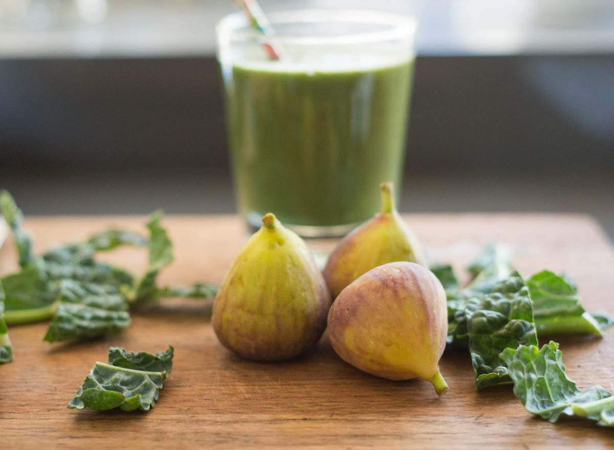 Kale & Fig Smoothie | Garlic, My Soul